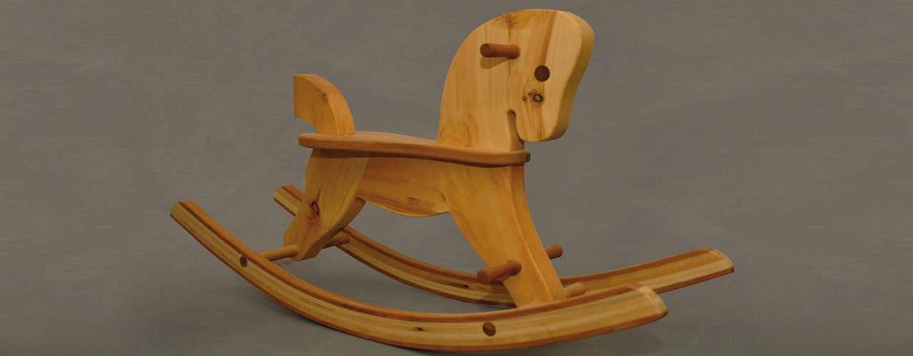 Cavallo A Dondolo In Legno.Cavallo A Dondolo Tornitore Prodotti In Legno Di Cembro Alto